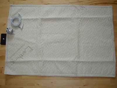 Plush Pad (mini throw) met EU aansluitset