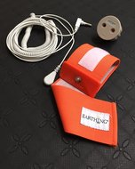 Earthing-wristband-with-coil-cord-and-EU-adapter-for-wrist-or-ankle